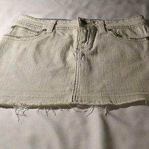 L.e.i Denim Skirt. Jr. 5 Light Blue